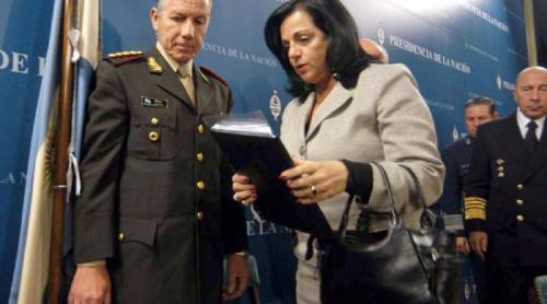 El kirchnerismo castiga a los militares por la conducta de sus esposas