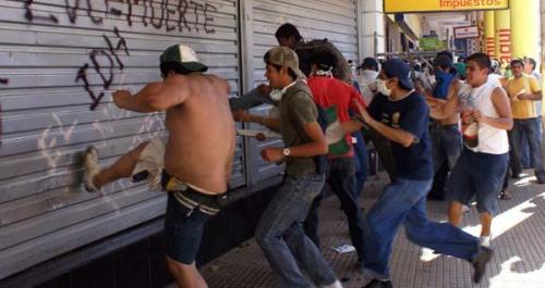 """7 detenidos por """"Saqueos en Resistencia"""""""
